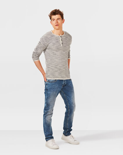 HERREN-SLIM-TAPERED-JOG-DENIM Hellblau