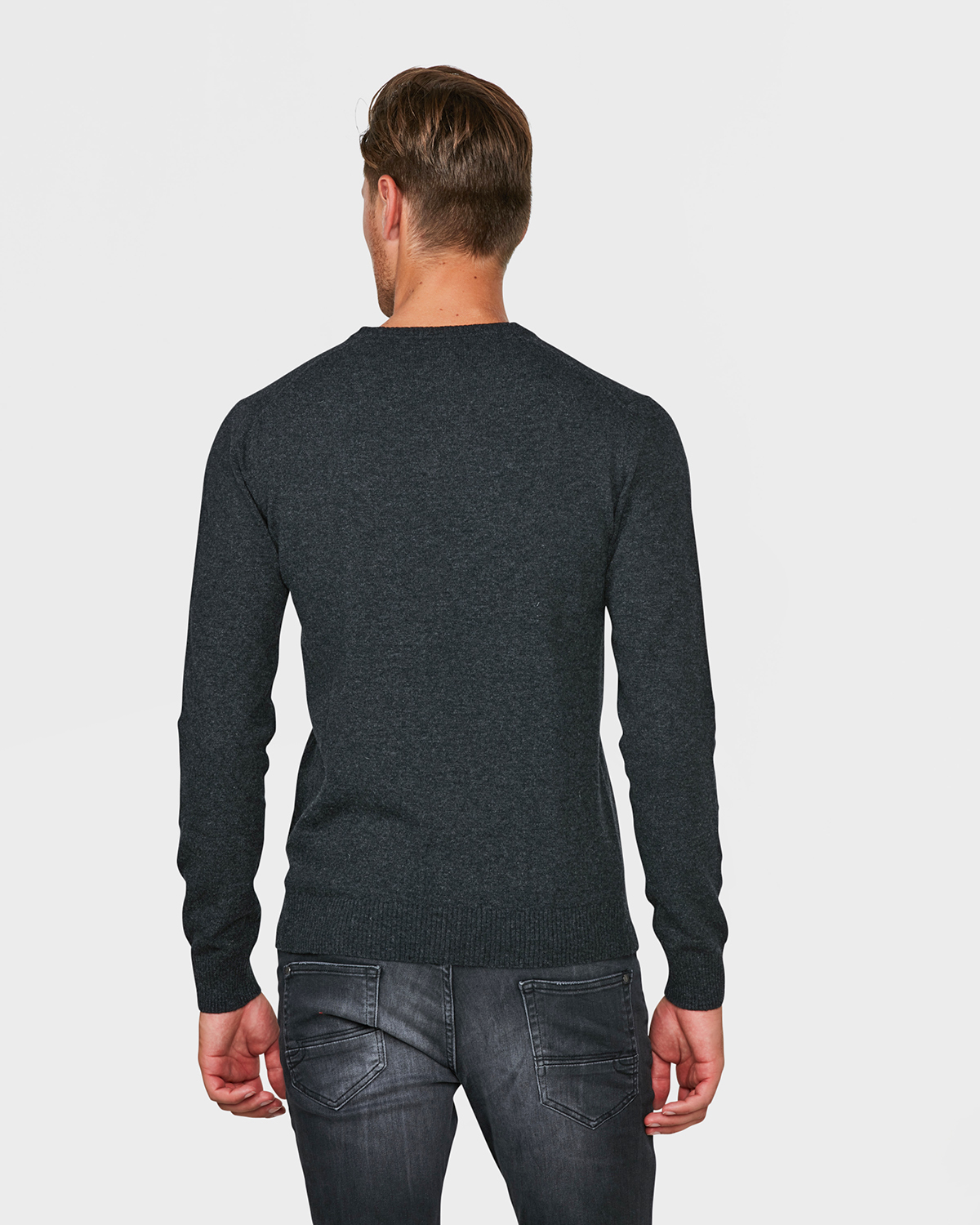 herren lambswool pullover mit v ausschnitt 79394673 we fashion. Black Bedroom Furniture Sets. Home Design Ideas